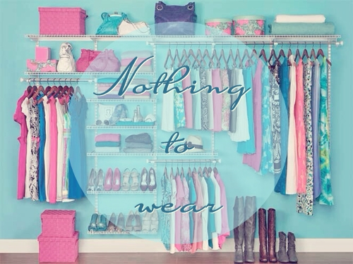 Phụ nữ có thể không có thùng dụng cụ, không có bồn cầu tự hoại, thậm chí không có bàn trang điểm, nhưng nhất định phải cho cô ấy một cái tủ quần áo, để cô ấy cất giữ ký ức, cất giữ thanh xuân.